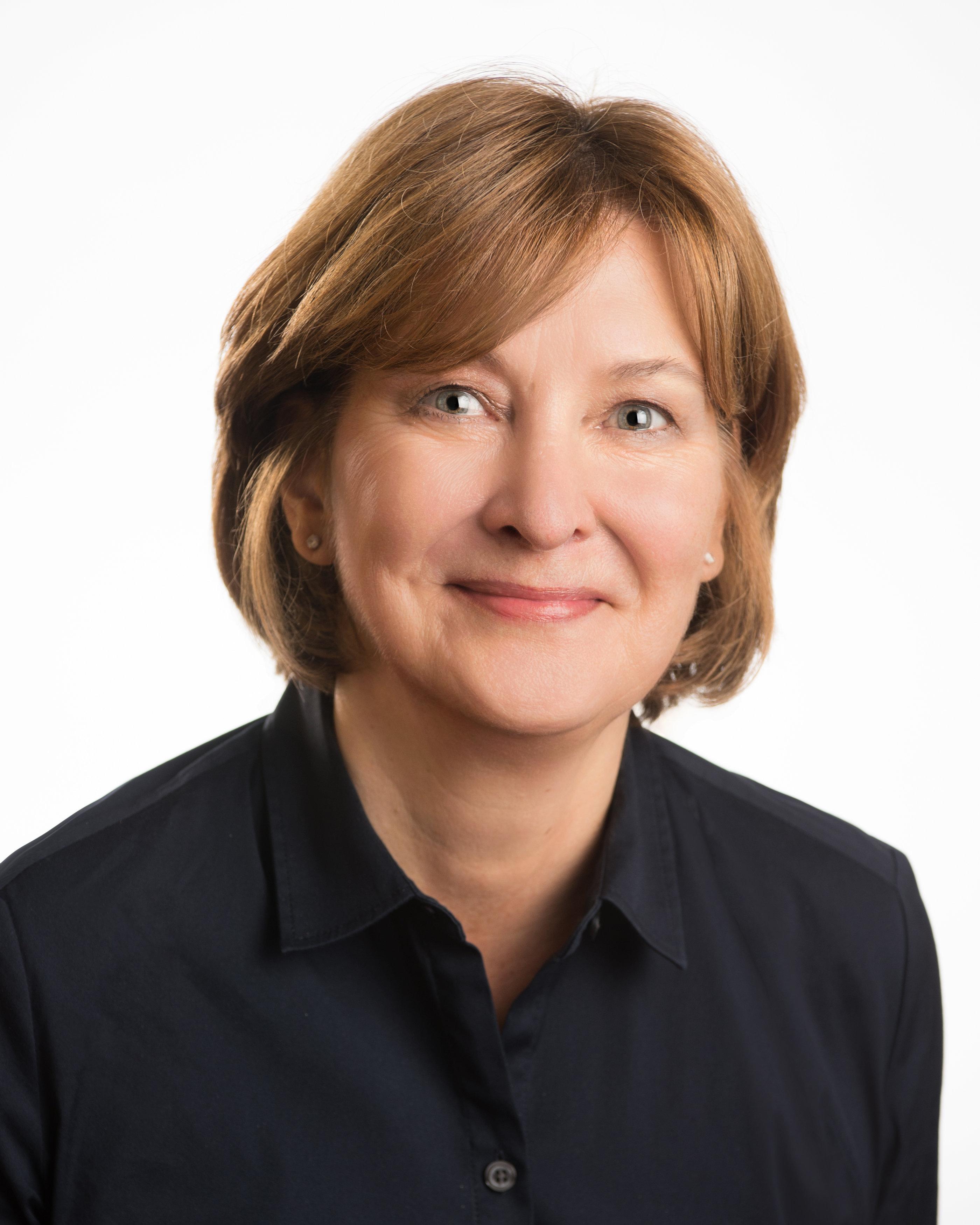 Beth Phillips : Economic Development Team Leader, CIS